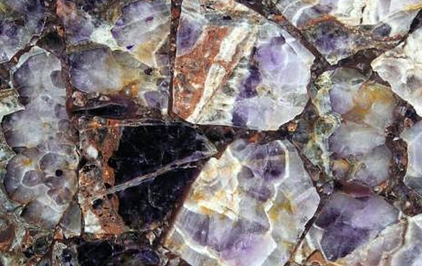 amethyst-slab-closeup